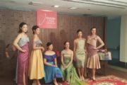 """เชิญ 6 โปรกอล์ฟสาวระดับโลก ร่วมสวมชุดผ้าไหมไทยในกิจกรรม """"PHOTOCALL"""""""